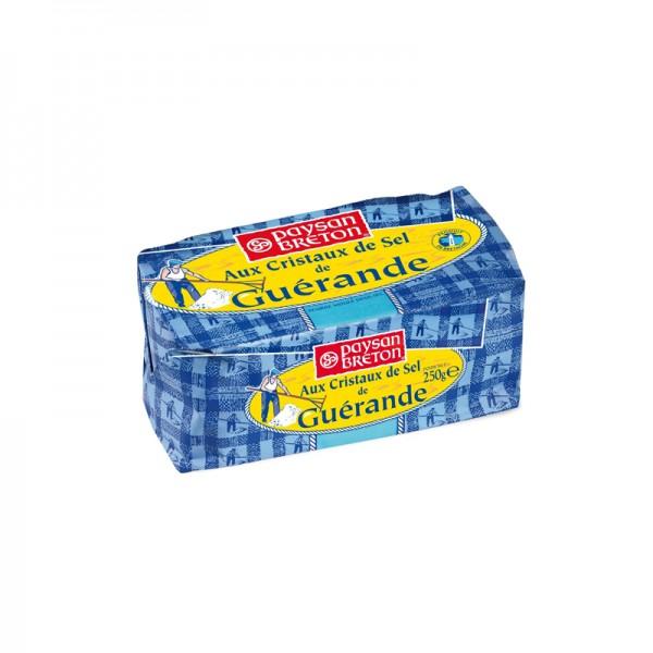 Butter mit Salzkristallen