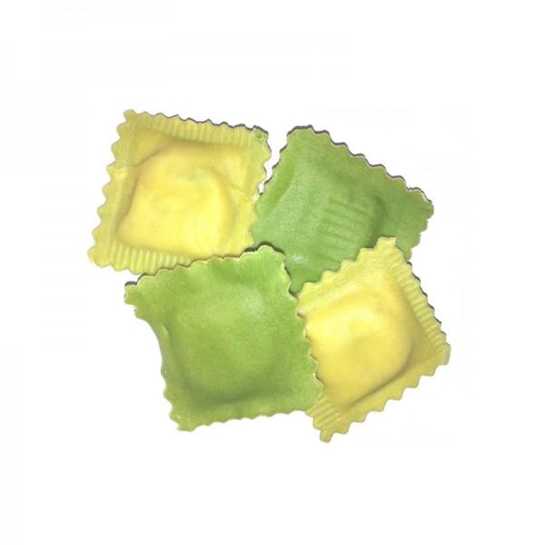 Ravioli mit Ricotta-Spinatfüllung